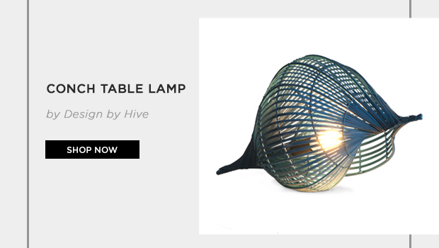 Conch table lamp