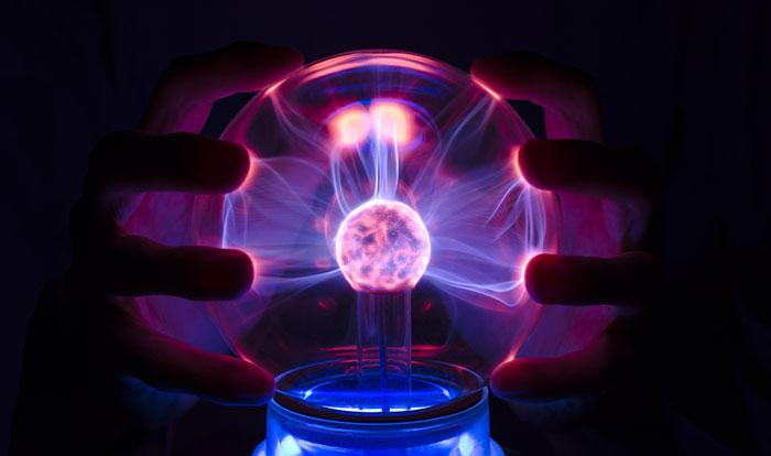 Tesla Plasma Ball.Nikola Tesla - International Man Of ...