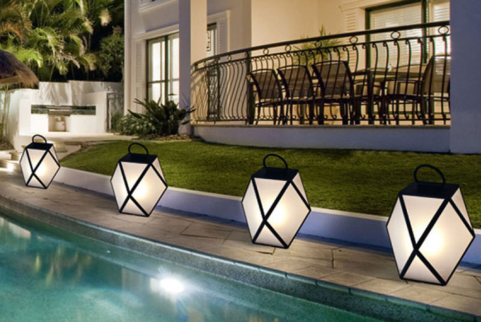 Muse Battery Outdoor Lamp