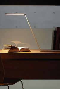 Be Light LED Desk Lamp
