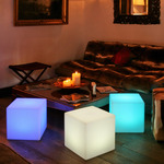 Cube Sharp Indoor/Outdoor Lamp