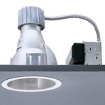 Calculite 8022CW 7 Inch CFL Corner Wall Wash Trim  -  / Comfort Clear Diffuse / Polished Trim