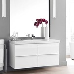 Fuse Bath Bar by Tech Lighting