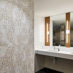 Twiggy S1 Bath Bar w/ 4 Inch Square Canopy -