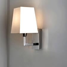 Quadra IP44 Bathroom Wall Lamp
