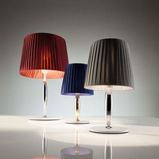 VS Cone Table Lamp