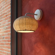 Garota Wall Light