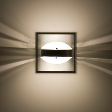 Optos Wall Light