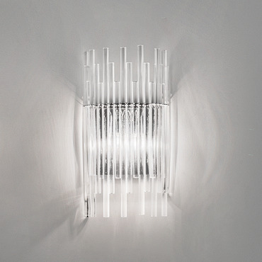 Diadema Wall Lamp