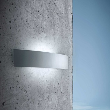 Riga Outdoor Wall Sconce by FontanaArte | ULM3930AA