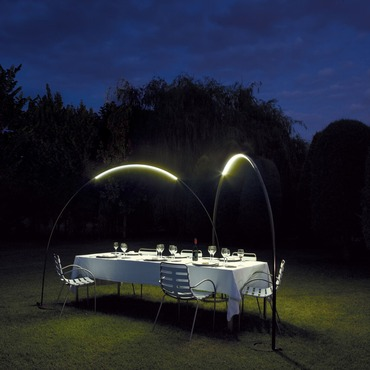 Halley Arc Outdoor Floor Lamp by Vibia | 4150-04