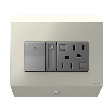 Undercabinet Control Box with Paddle Dimmer and 15A GFCI