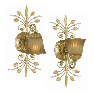 Primrose Wall Light