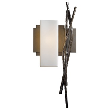 Brindille Left Wall Light by Hubbardton Forge | 207670L-05-G351