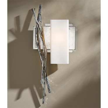 Brindille Right Wall Light by Hubbardton Forge | 207673R-82-G351