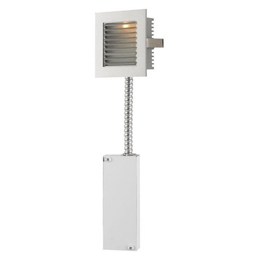 Step Main LED Wall Mount W / Louvered Faceplate