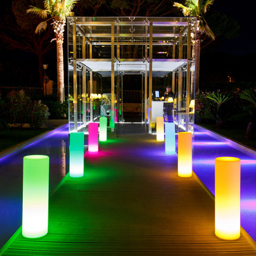 XS Tower LED Outdoor/Indoor Lamp by Smart & Green | SG-Tower