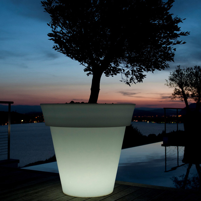Gota Bluetooth Lighted Planter by Smart & Green | FC-GOTA