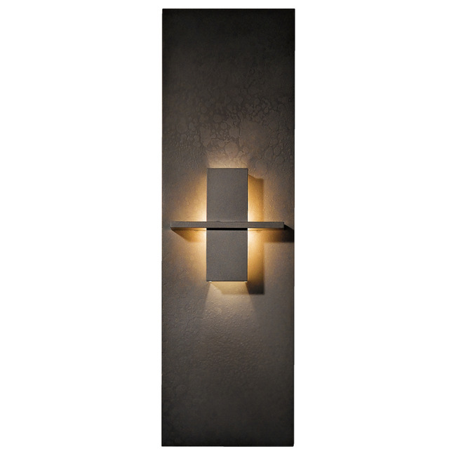 Aperture Vertical Wall Light by Hubbardton Forge | 217520-1004