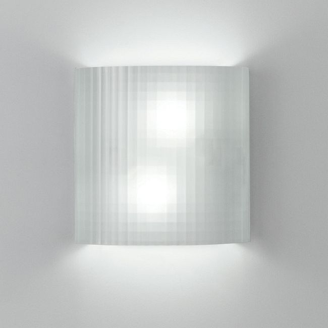 Facet Wall Light by Artemide | RD513100