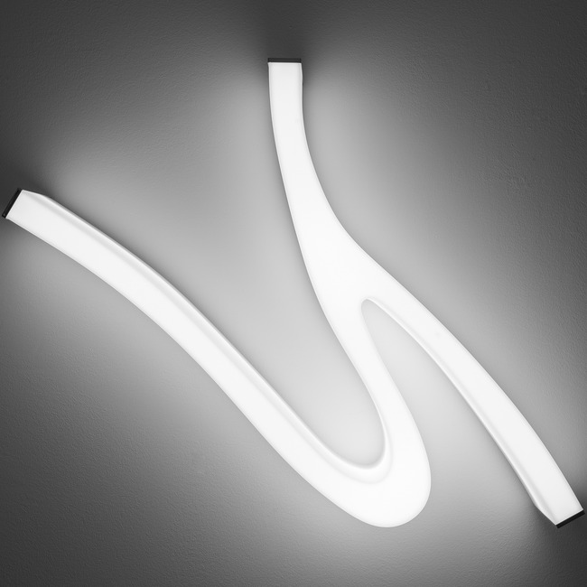Lash Wall / Ceiling Light System  by Molto Luce