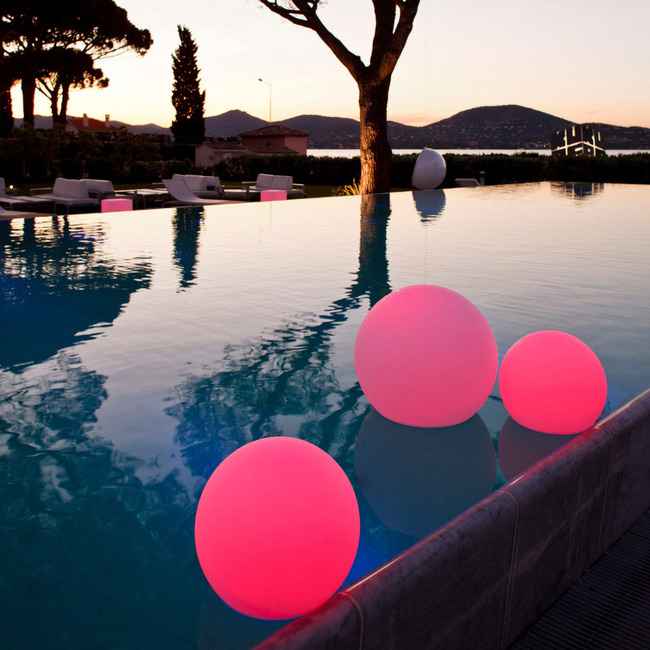 Ball Indoor Outdoor Lamp  by Smart & Green