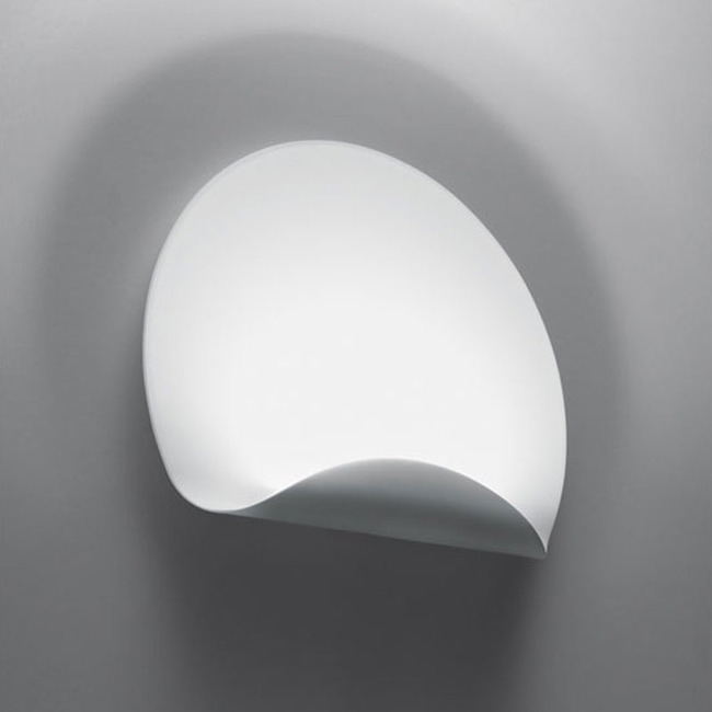 Dinarco Wall Light by Artemide | 1611018A