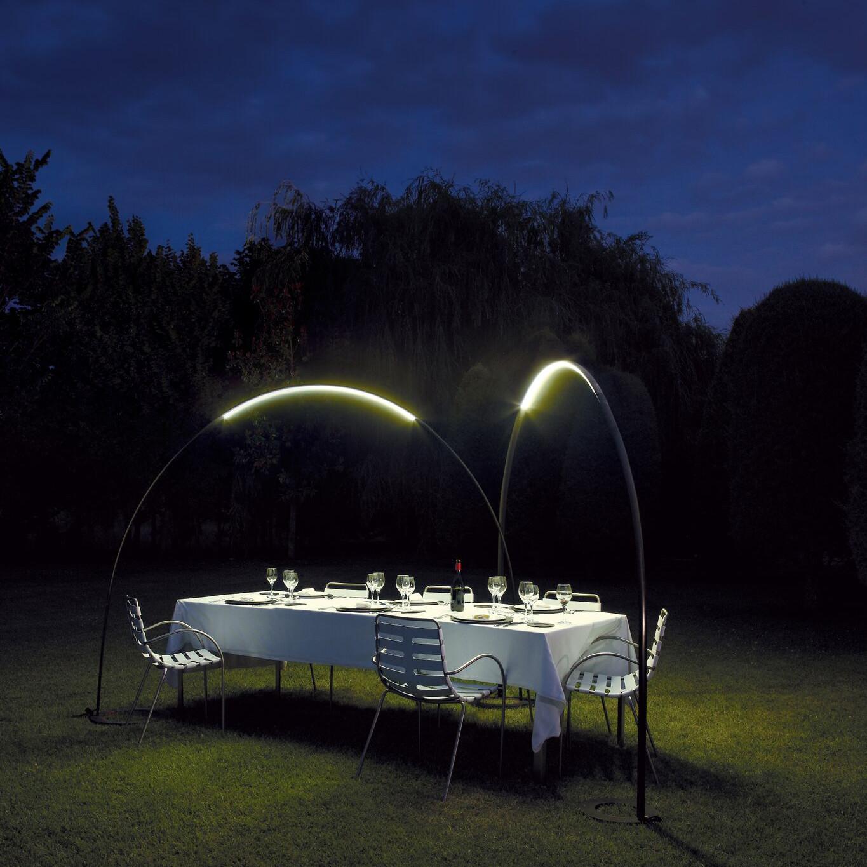 Halley arc outdoor floor lamp