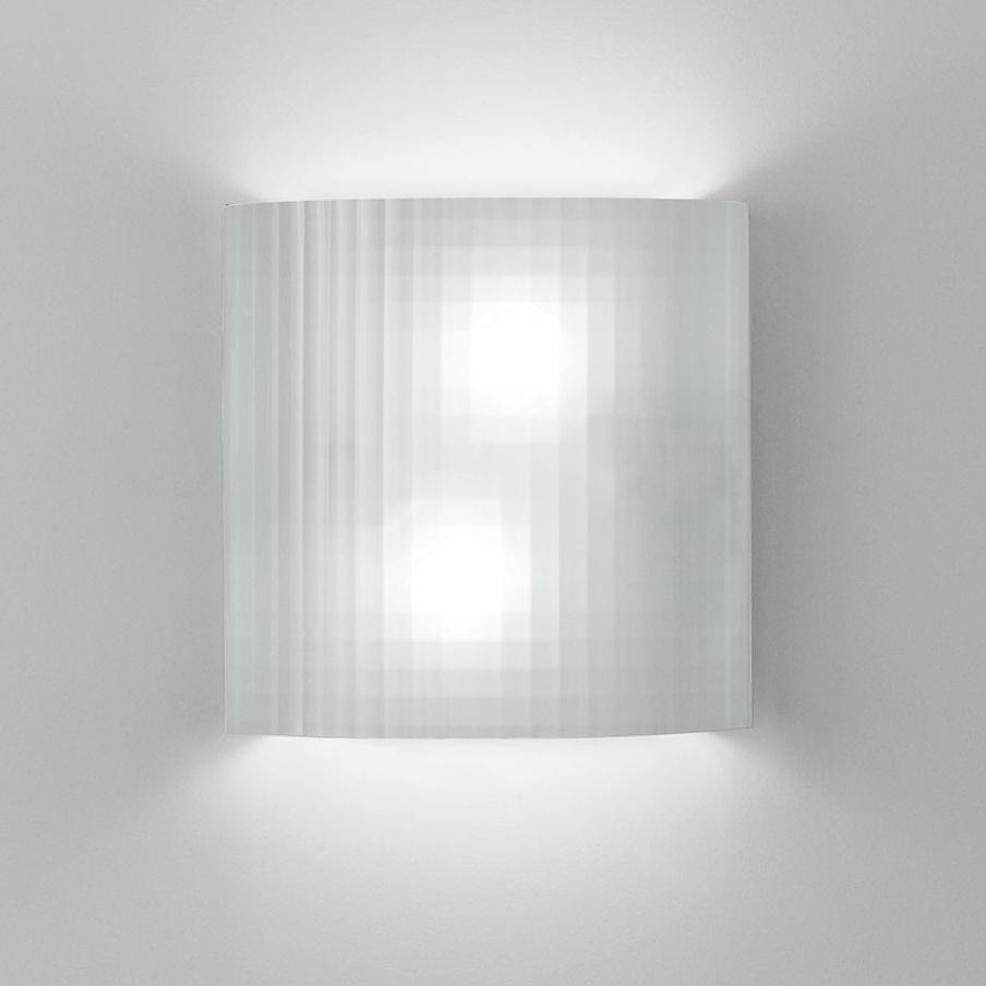 Facet Wall Light By Artemide Rd513100