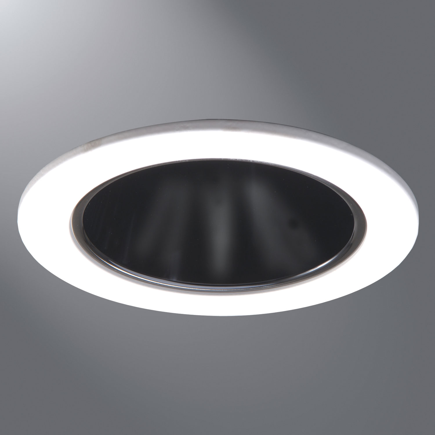 999 4 Inch Reflector Downlight Trim By Halo   999MB