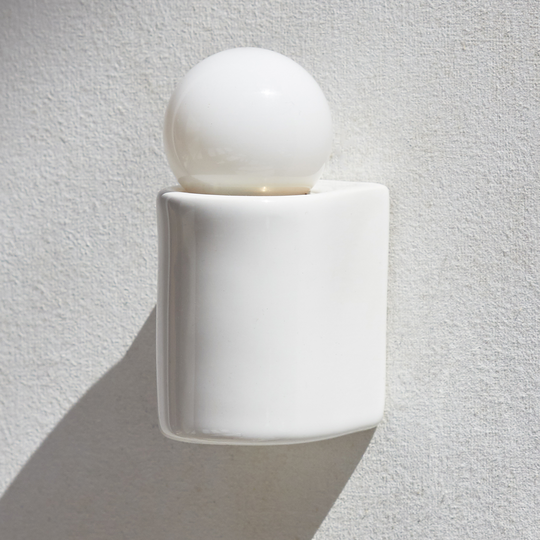 Porcelain Series Shallow Wall Light by Michael Anastassiades |  MA-WPS-W-D1-UP