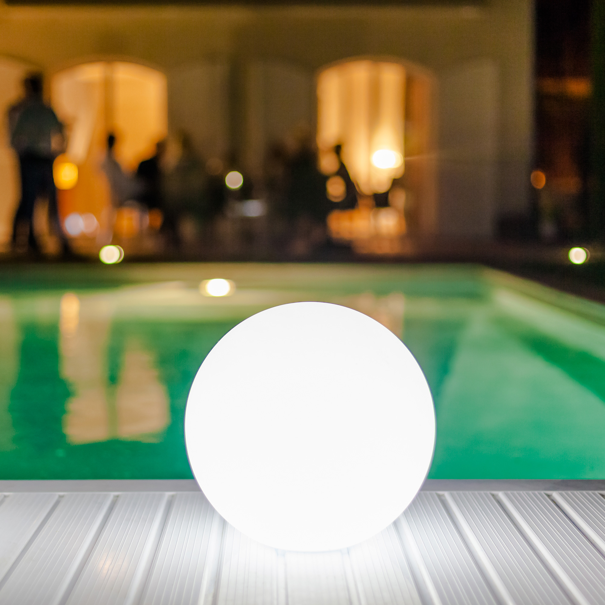 Pearl LED Outdoor/Indoor Lamp by Smart & Green  SG-Pearl