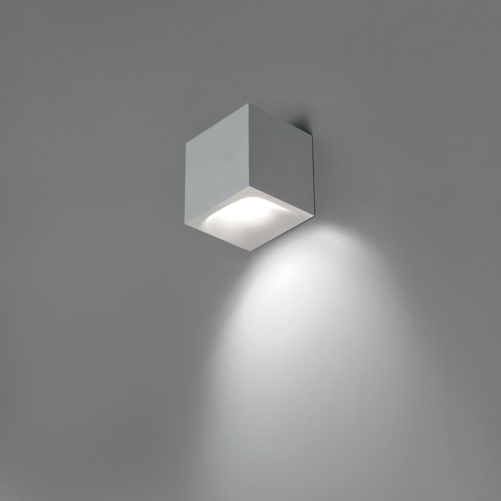 Aede Wall Light By Artemide 0041028a