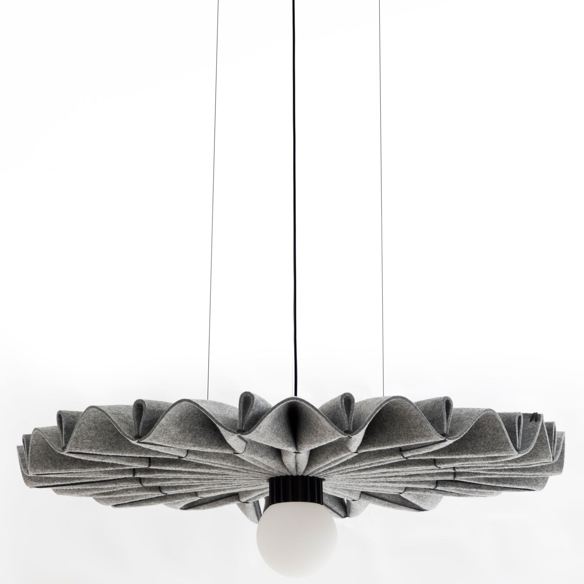 Buzzi & Buzzi Lighting buzzipleat pendant by buzzispace | pleat-led-edel-m-fe67