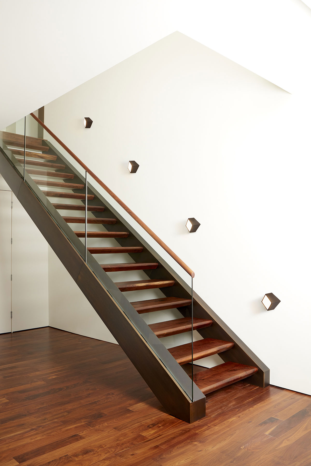 Stairway Lighting Fixtures: Installation Gallery
