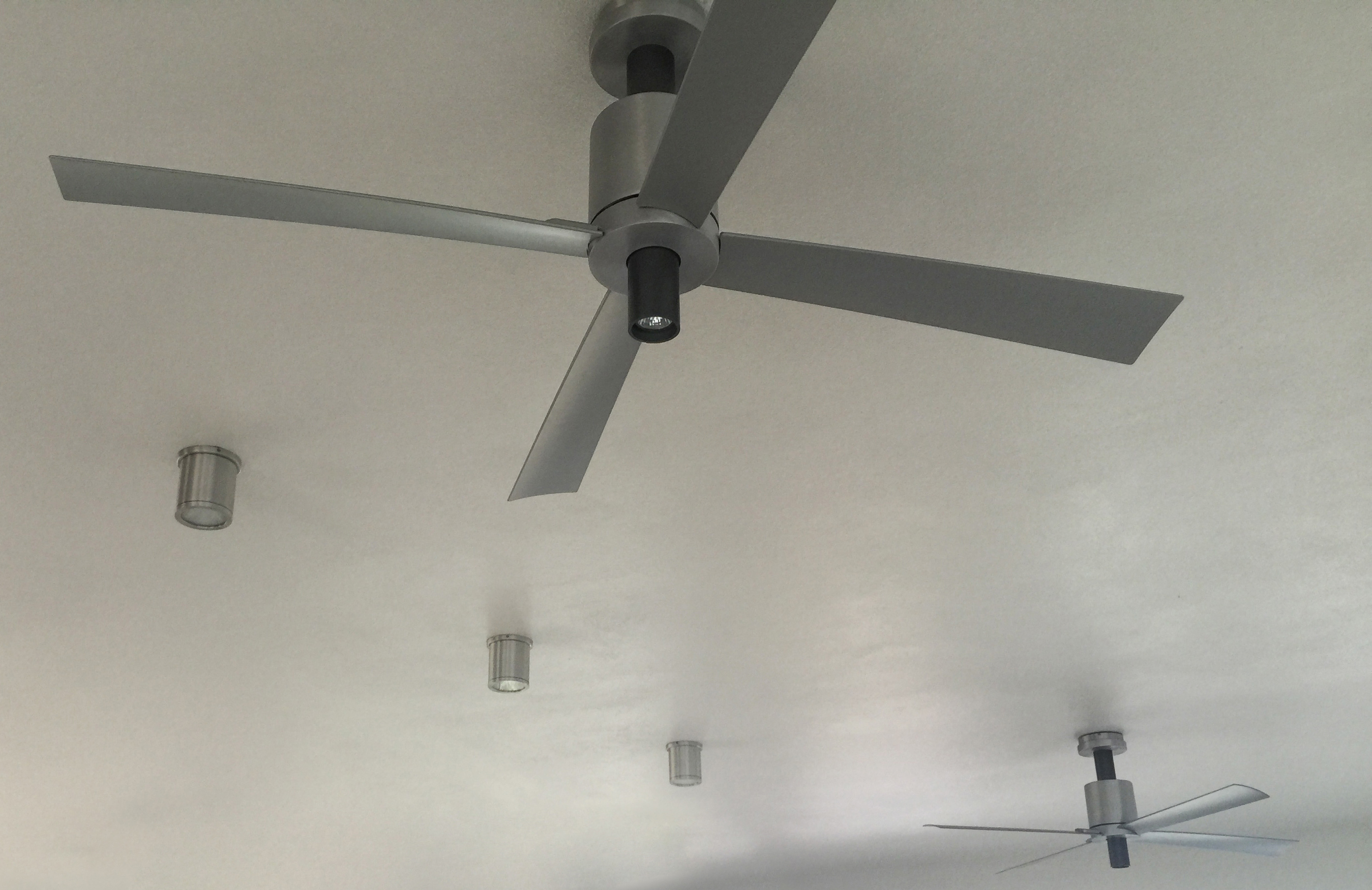 Aris goorji ala lighting specialistbrcommercial sales division pensi fan with light mozeypictures Gallery
