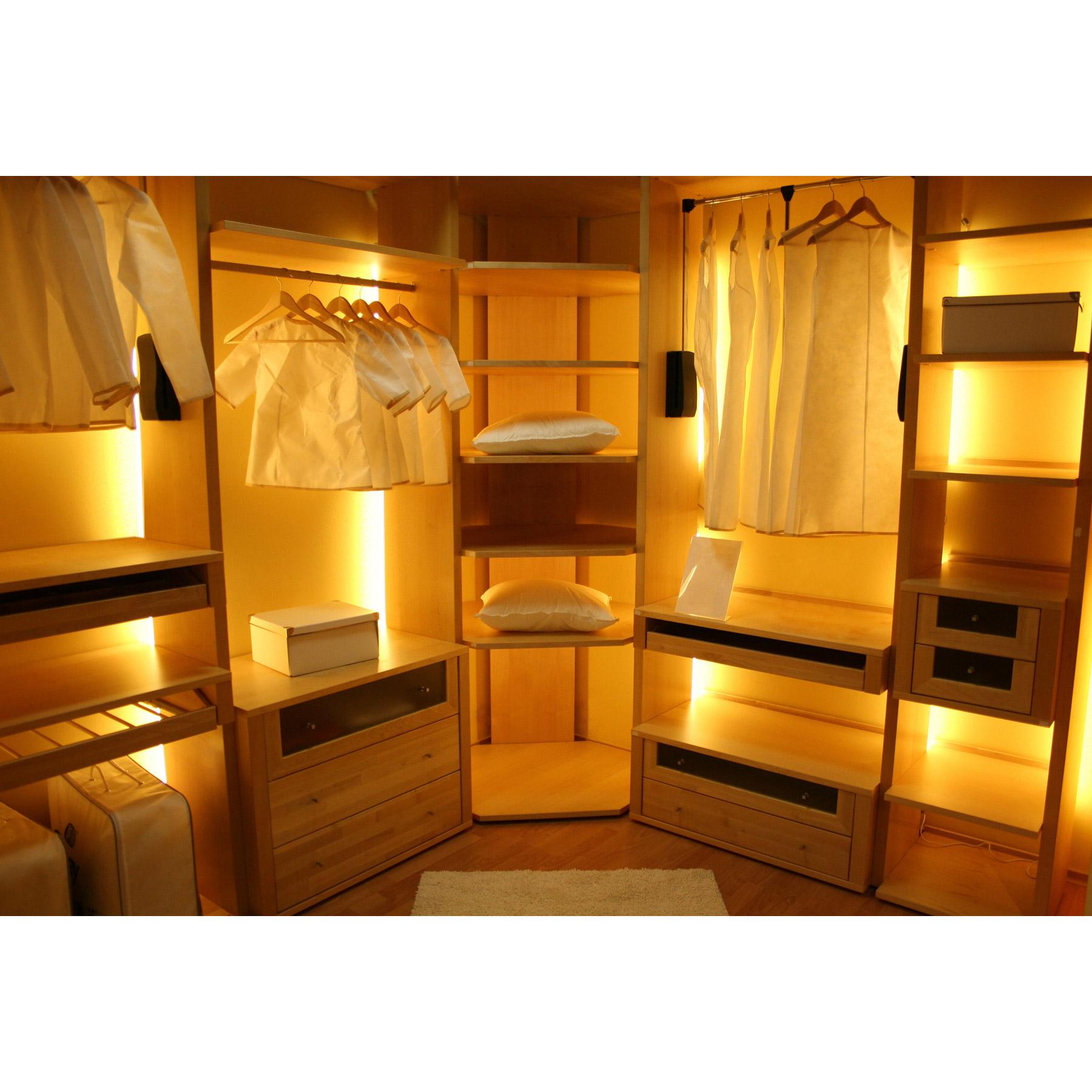 Pantry closet lighting